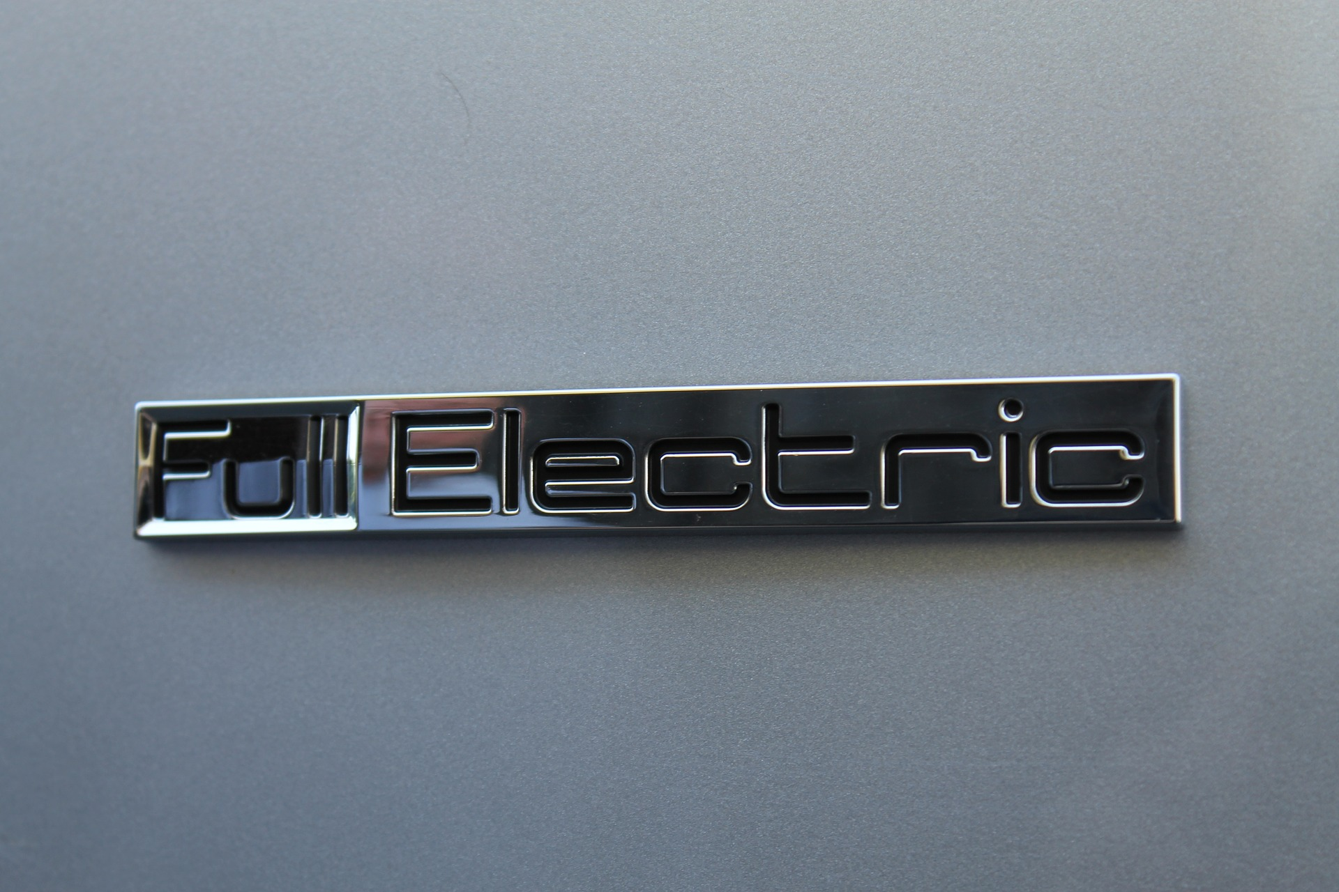 electric-car-629880_1920