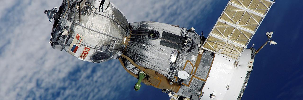 1.satellite-67718_1280